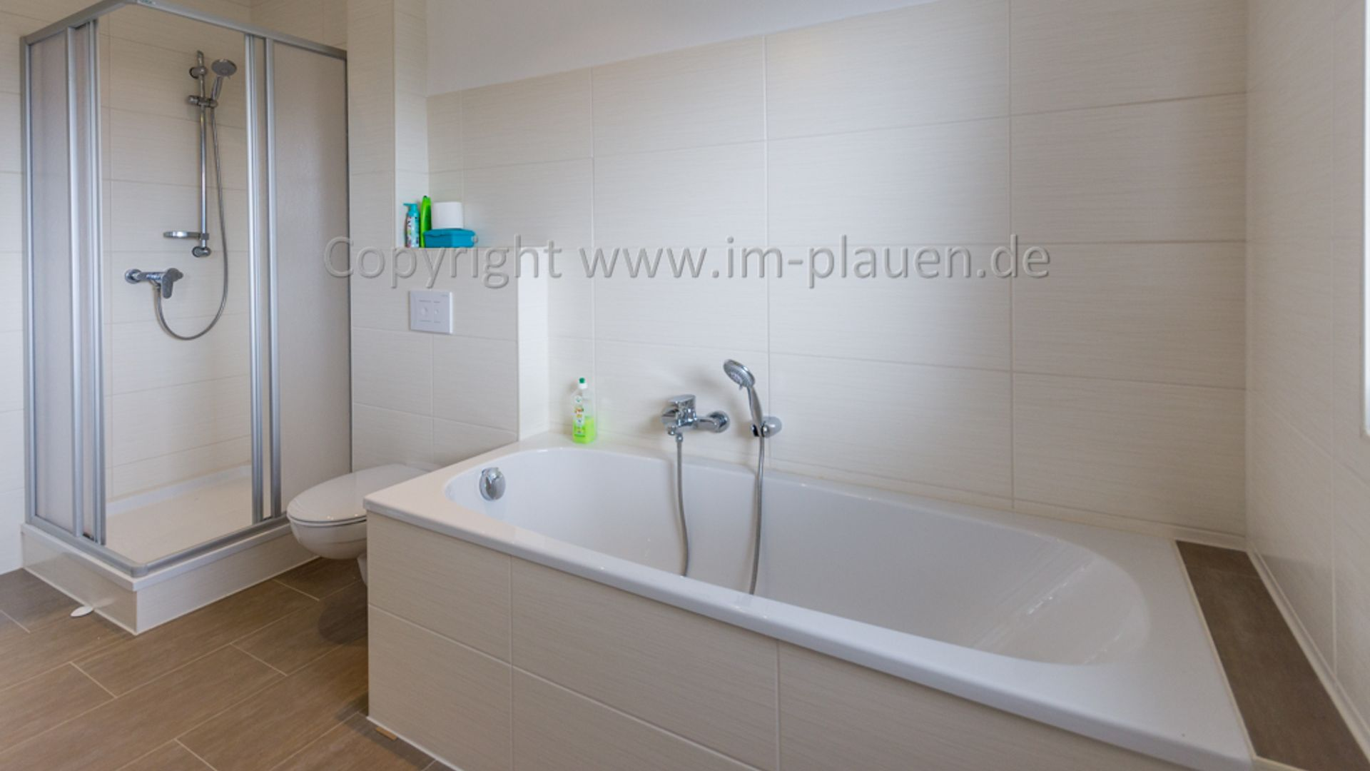 4 Bed Loft At Freiheitsstrasse 39 08523 Plauen Germany For Rent