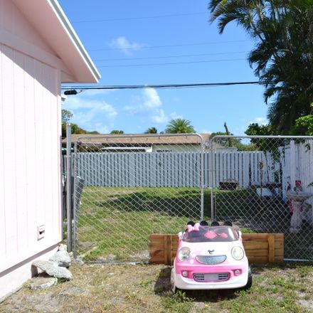 Rent this 3 bed house on Osborne Dr in Lake Worth, FL