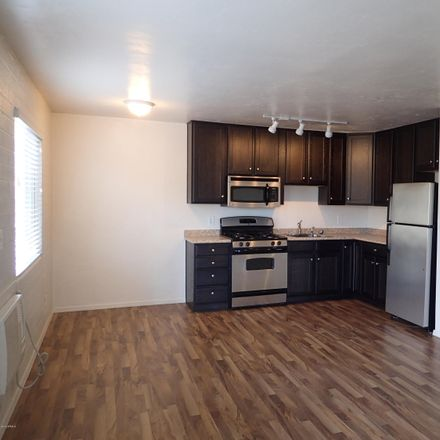 Rent this 1 bed apartment on 610 North 4th Avenue in Phoenix, AZ 85003-1376