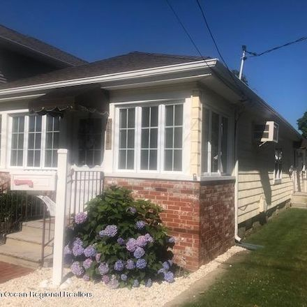 Rent this 3 bed house on 1807 Greenwood Terrace in Lake Como, NJ 07719