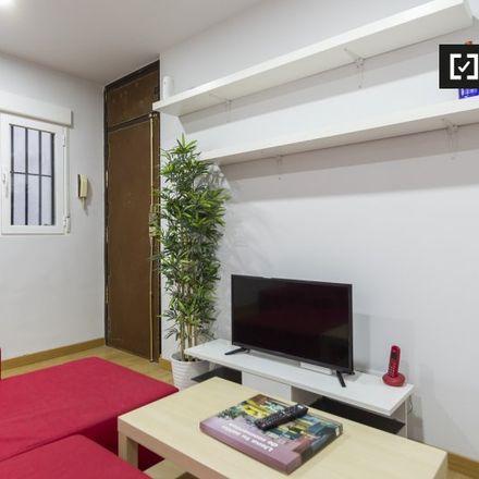 Rent this 2 bed apartment on Escuela de Música Sigfredo in Calle Fundadores, 28001 Madrid