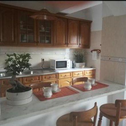 Rent this 1 bed apartment on Almada in Marco Cabaço, ÁREA METROPOLITANA DE LISBOA