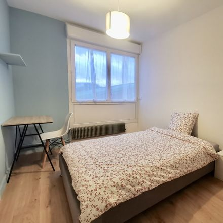 Rent this 5 bed room on Place des Touleuses in Cergy, France