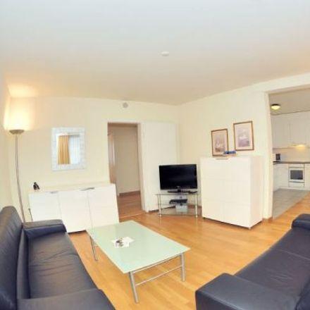 Rent this 3 bed apartment on Werdstrasse 121 in 8003 Zurich, Switzerland