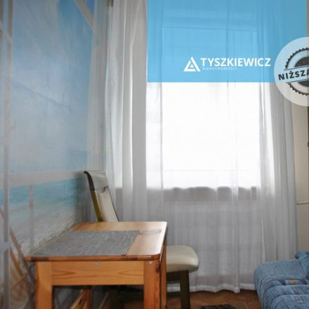 Rent this 4 bed apartment on Pomorska 84 in 80-345 Gdansk, Poland