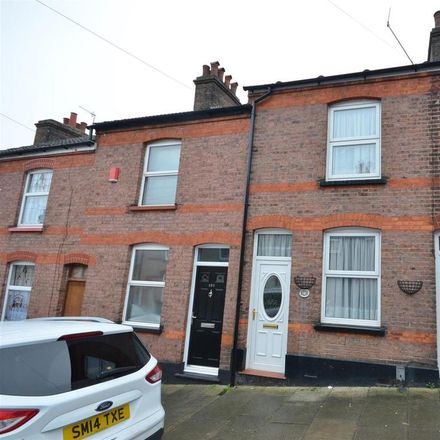 Rent this 2 bed house on Cambridge Street in Luton LU1 3QU, United Kingdom