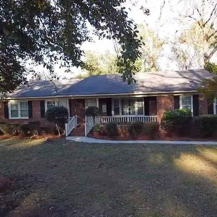 Rent this 4 bed house on 816 Stratton Drive in Pineneedles, SC 29501