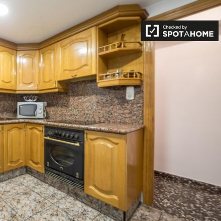 Rent this 2 bed apartment on Nerval in Carrer dels Carters, 46017 Valencia