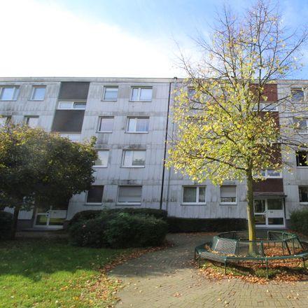 Rent this 3 bed apartment on Wiesbadener Straße 15 in 47138 Duisburg, Germany