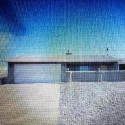 Rent this 2 bed house on 2305 College Drive in Lake Havasu City, AZ 86403
