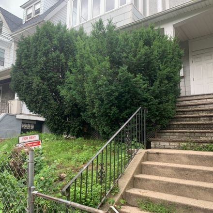 Rent this 0 bed townhouse on 25 Farley Avenue in Newark, NJ 07108