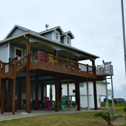 Rent this 3 bed house on Crystal Beach