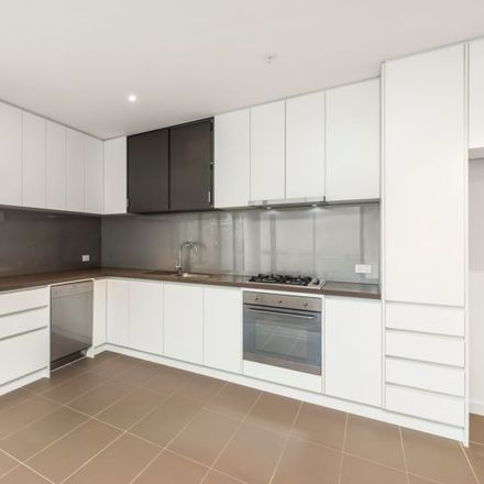Rent this 2 bed apartment on G02/750 Station St