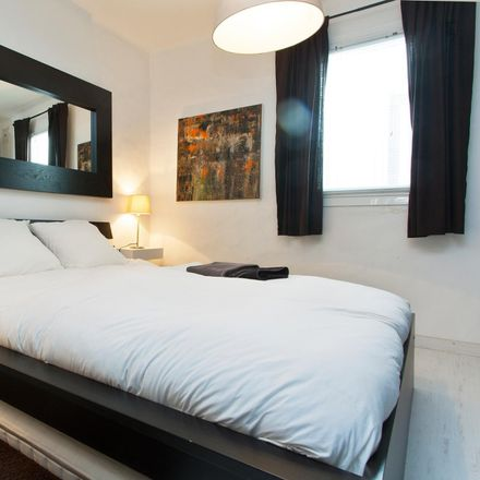 Rent this 1 bed apartment on Via Laietana in 45, 08003 Barcelona