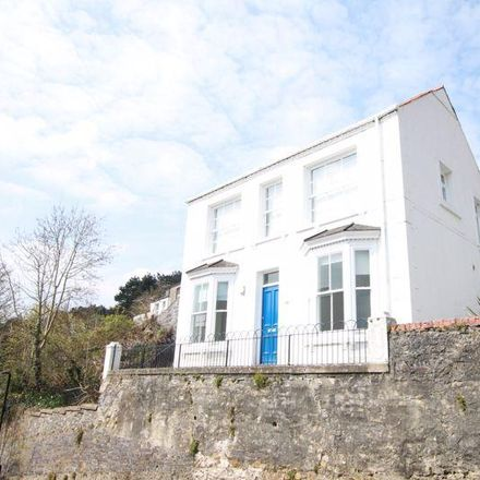 Rent this 2 bed apartment on Capel y Fynnon in Lower Penrallt Road, Bangor LL57 2PR
