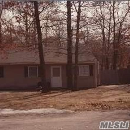 Rent this 3 bed house on 156 Southaven Avenue in Mastic, NY 11950
