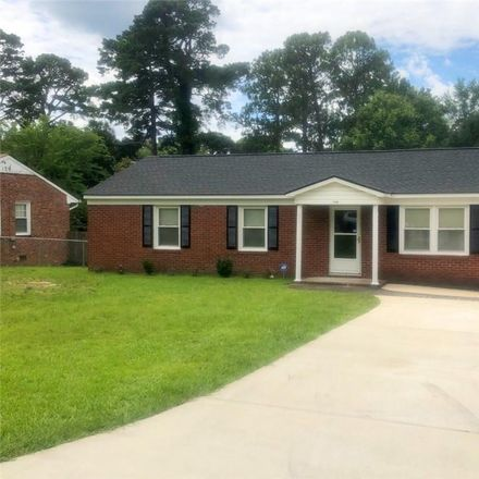 Rent this 3 bed house on 1710 Wellons Drive in Fayetteville, NC 28304