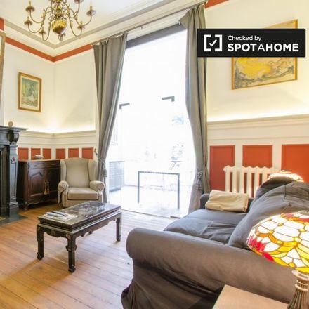 Rent this 1 bed apartment on Rue de Bordeaux - Bordeauxstraat 40 in 1060 Saint-Gilles - Sint-Gillis, Belgium