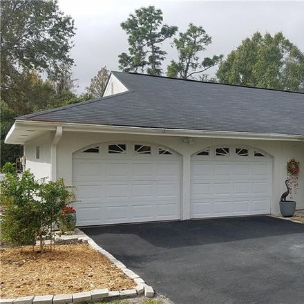 Rent this 3 bed house on 5134 Londonderry Ln in Zephyrhills, FL