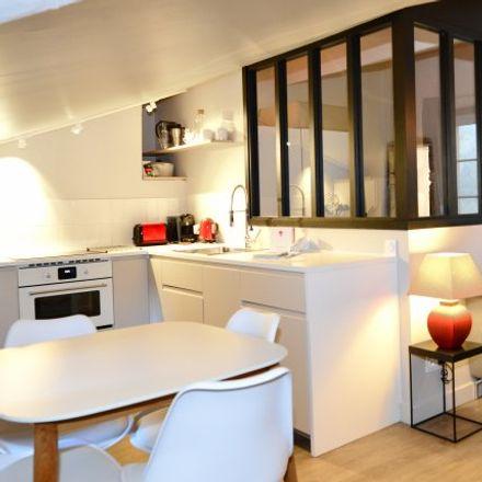 Rent this 1 bed apartment on Lyon in Saint-Jean, AUVERGNE-RHÔNE-ALPES