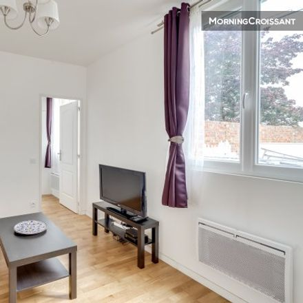 Rent this 1 bed apartment on 175 Rue Robespierre in 93170 Bagnolet, France