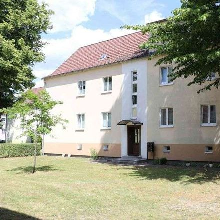 Rent this 3 bed apartment on Genthin in Wohngebiet Gröblerstraße, ST