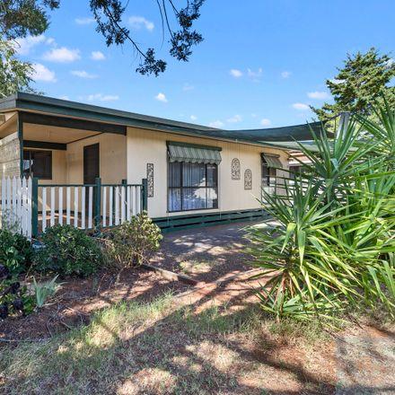 Rent this 2 bed house on 13 Gunnamara Street