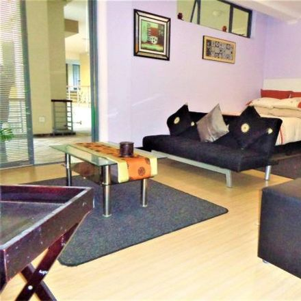 Rent this 1 bed apartment on Standard Bank Auto Cash in Buitenkant Street, City Centre