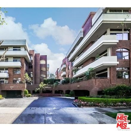 Rent this 2 bed condo on 200 North Swall Drive in Beverly Hills, CA 90211