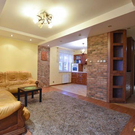 Rent this 2 bed apartment on Zespół Szkolno-Przedszkolny nr 5 in Magnoliowa, 15-669 Białystok