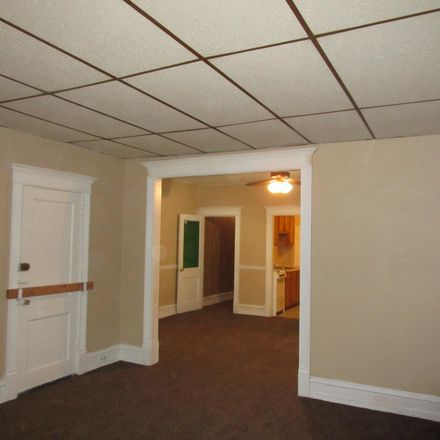Rent this 2 bed apartment on 5914 Carpenter Street in Philadelphia, PA 19143