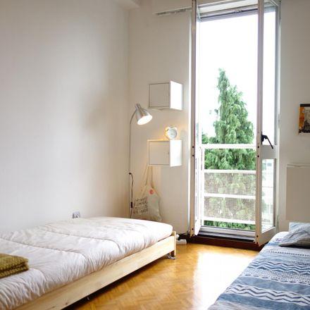 Rent this 2 bed room on Travessa São Francisco Xavier in 4465-671 Custóias, Leça do Balio e Guifões