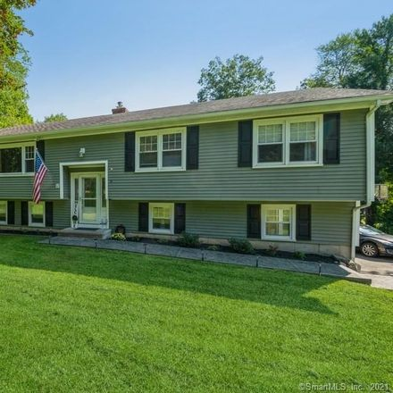 Rent this 3 bed house on 8 Pebble Road in Newtown, CT 06470