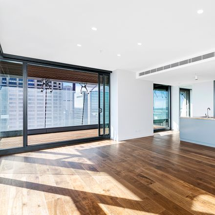 Rent this 3 bed apartment on 55/115 Bathurst Street