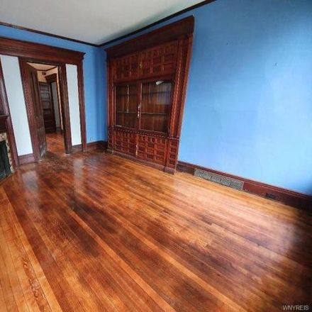 Rent this 3 bed apartment on 331 Jersey Street in Buffalo, NY 14201