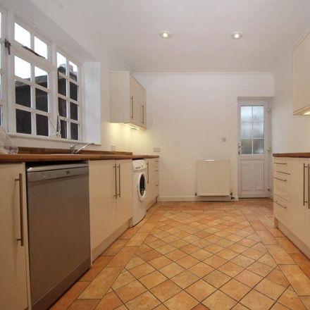 Rent this 3 bed apartment on Morley Road in Holdenhurst BH5 2JJ, United Kingdom