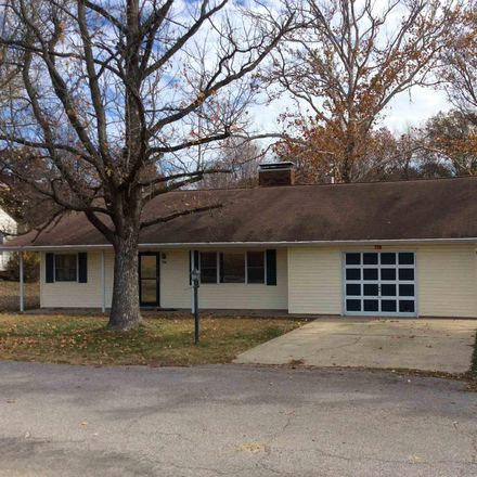 Rent this 2 bed house on 706 Columbia Avenue in Mount Vernon, IL 62864