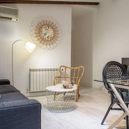 Rent this 2 bed apartment on Palacio de la Prensa in Calle de los Tudescos, 28001 Madrid