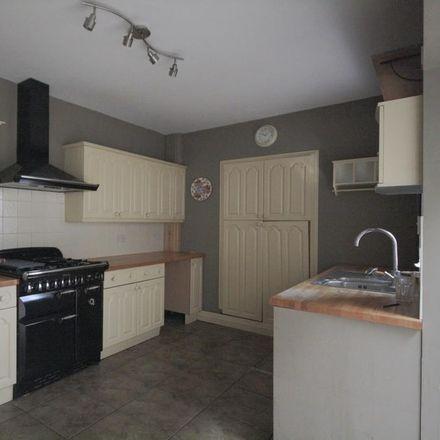 Rent this 4 bed house on East Aberthaw CF62 3DA