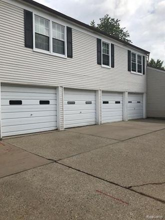 Rent this 2 bed condo on Meadow Ln in Harrison, MI