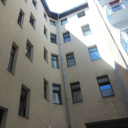 Rent this 6 bed apartment on Torstraße 29 in 06110 Halle (Saale), Germany