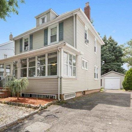 Rent this 3 bed house on 218 Eastern Way in Rutherford, NJ 07070