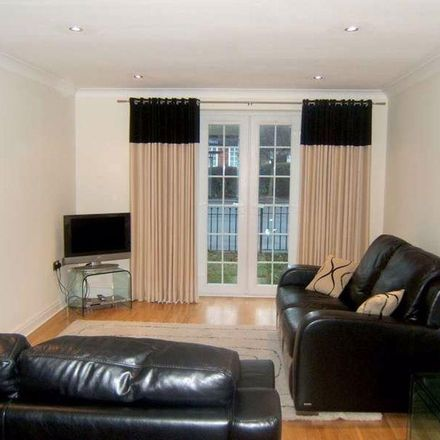 Rent this 2 bed apartment on 13 Station Road in Chelford SK11 9AX, United Kingdom