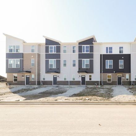 Rent this 2 bed townhouse on Kildeer St in Woodridge, IL