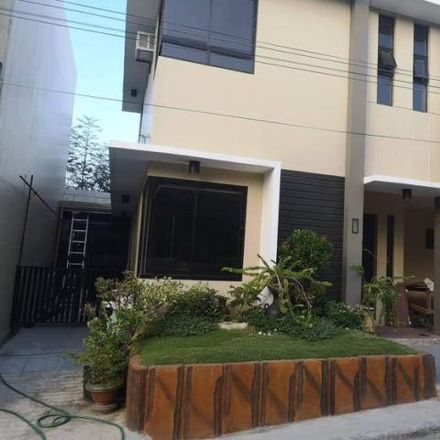Rent this 4 bed house on Tayud in 6002 Cebu, Philippines