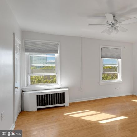 Rent this 1 bed townhouse on 339 Christian Street in Philadelphia, PA 19147