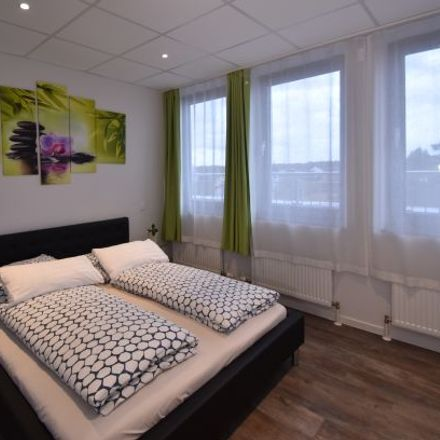 Rent this 1 bed apartment on Triftstraße 53 in 60528 Frankfurt, Germany