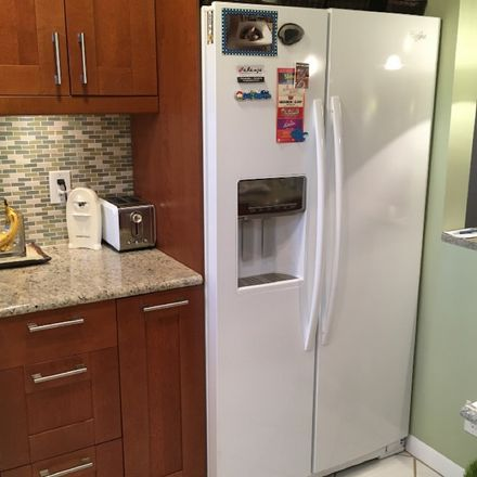 Rent this 1 bed room on 333 Northwest 17th Court in Fort Lauderdale, FL 33311