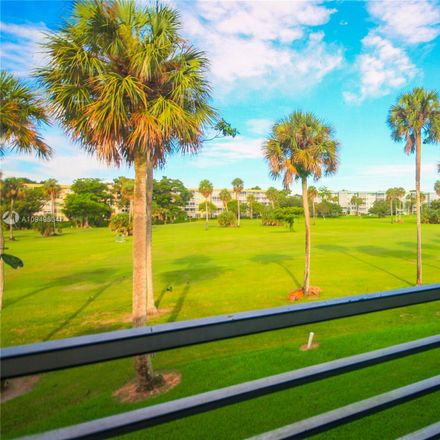 Rent this 3 bed condo on 905 Cypress Terrace in Pompano Beach, FL 33069