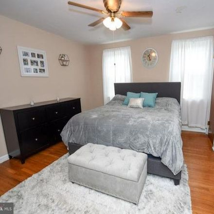 Rent this 3 bed condo on 3131 Fairfield Street in Philadelphia, PA 19136